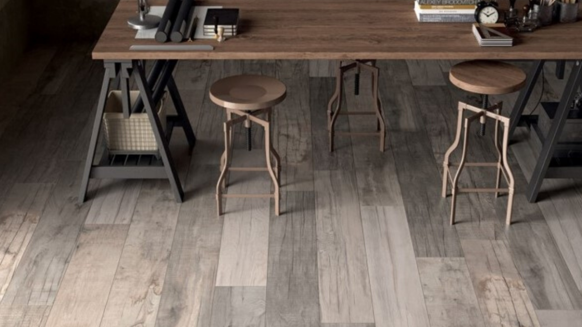 Your Quick Guide To Wood Look Porcelain Tiles