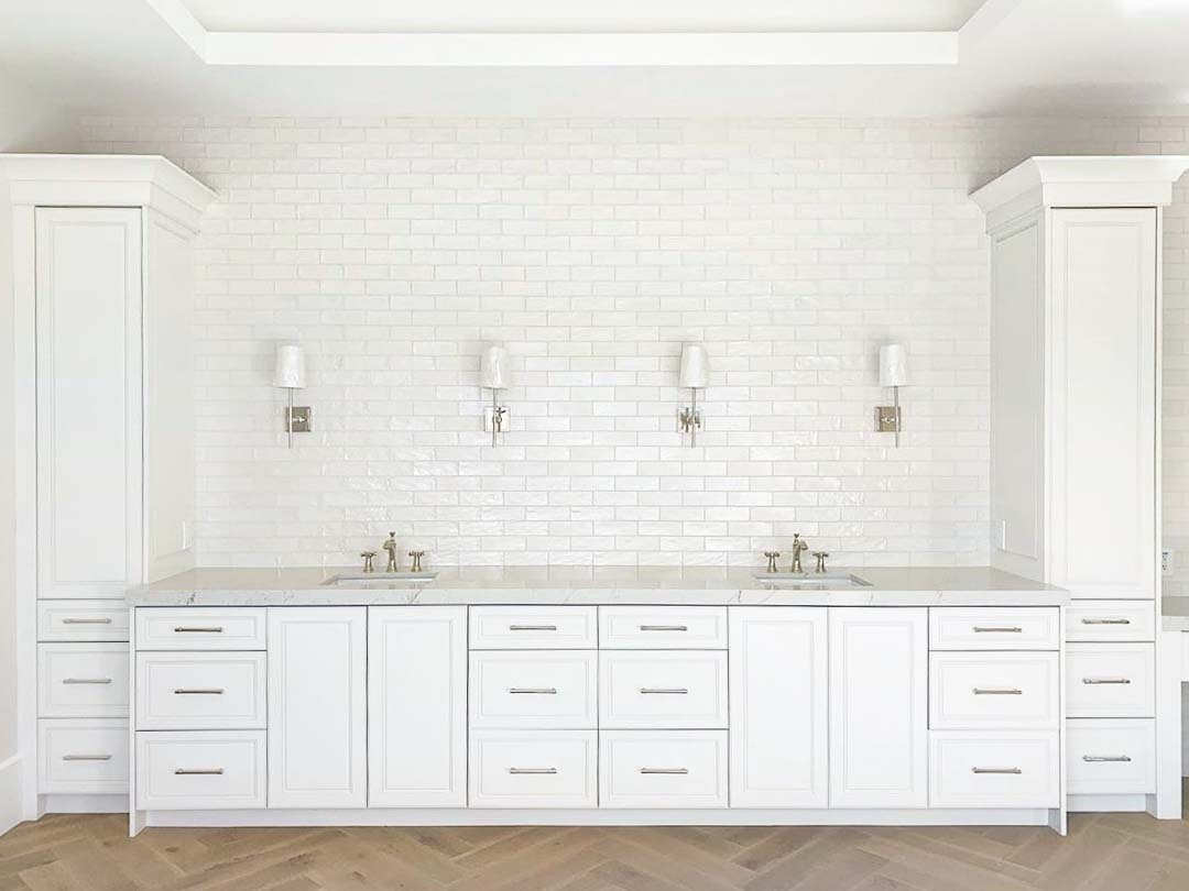 - How To Choose The Best Grout Colors For White Subway Tiles?