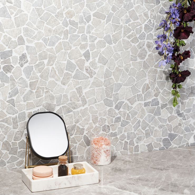 Nature Tumbled Pebble Pram Gray Mosaic; in Gray Natural Stone ; for Backsplash, Floor Tile, Wall Tile, Bathroom Floor, Bathroom Wall, Shower Wall, Shower Floor, Outdoor Floor, Outdoor Wall, Commercial Floor; in Style Ideas Beach, Contemporary